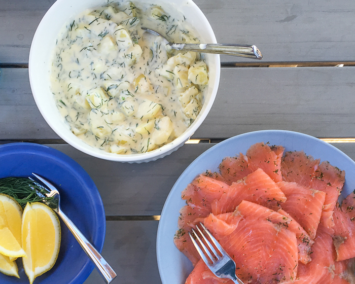 Zweeds eten: Gravad Lax met aardappelen in dille-roomsaus