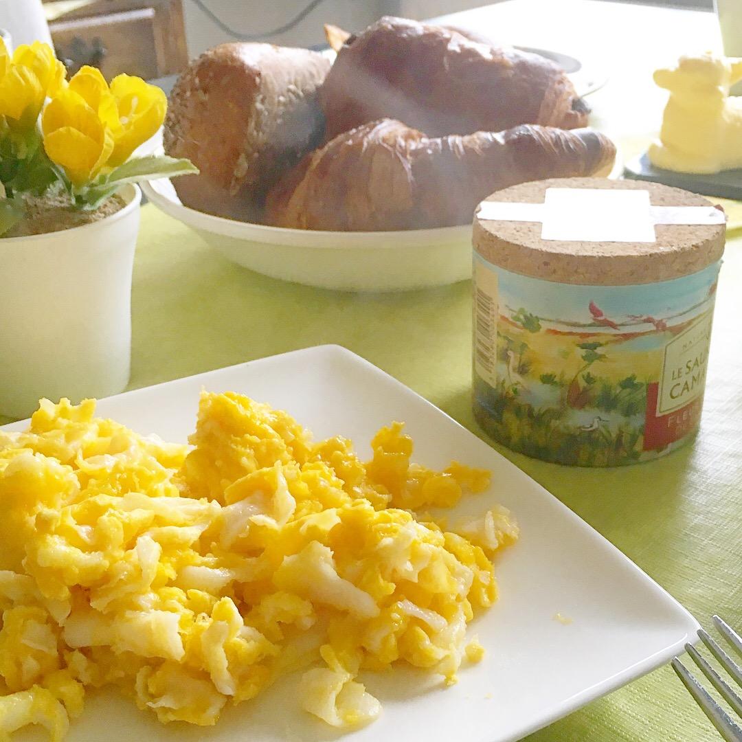 Ganzenei-roerei-Pasen-boterschaapje-fleurdesel